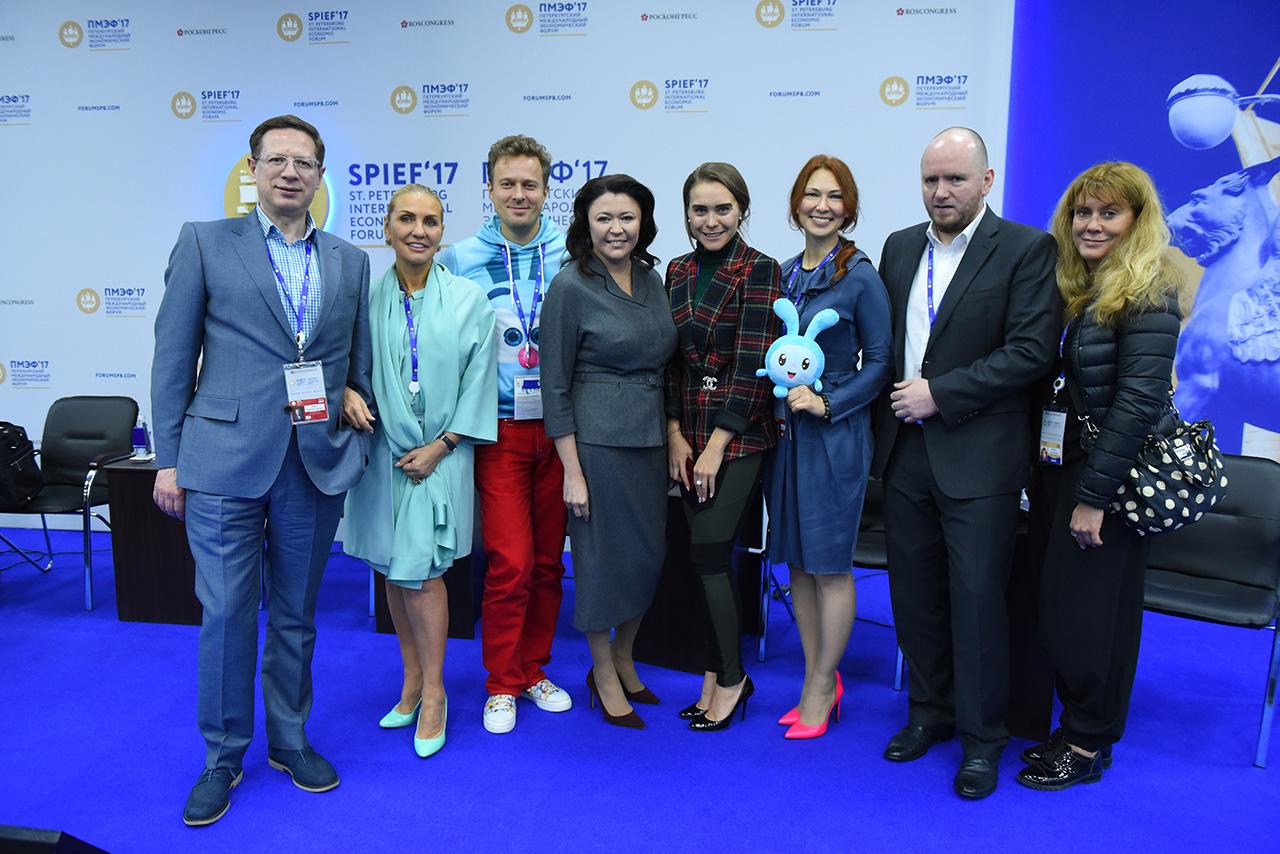 В рамках ПМЭФ 2017 в Санкт-Петербурге состоялась сессия «Россия — место в мировом кинопроцессе»