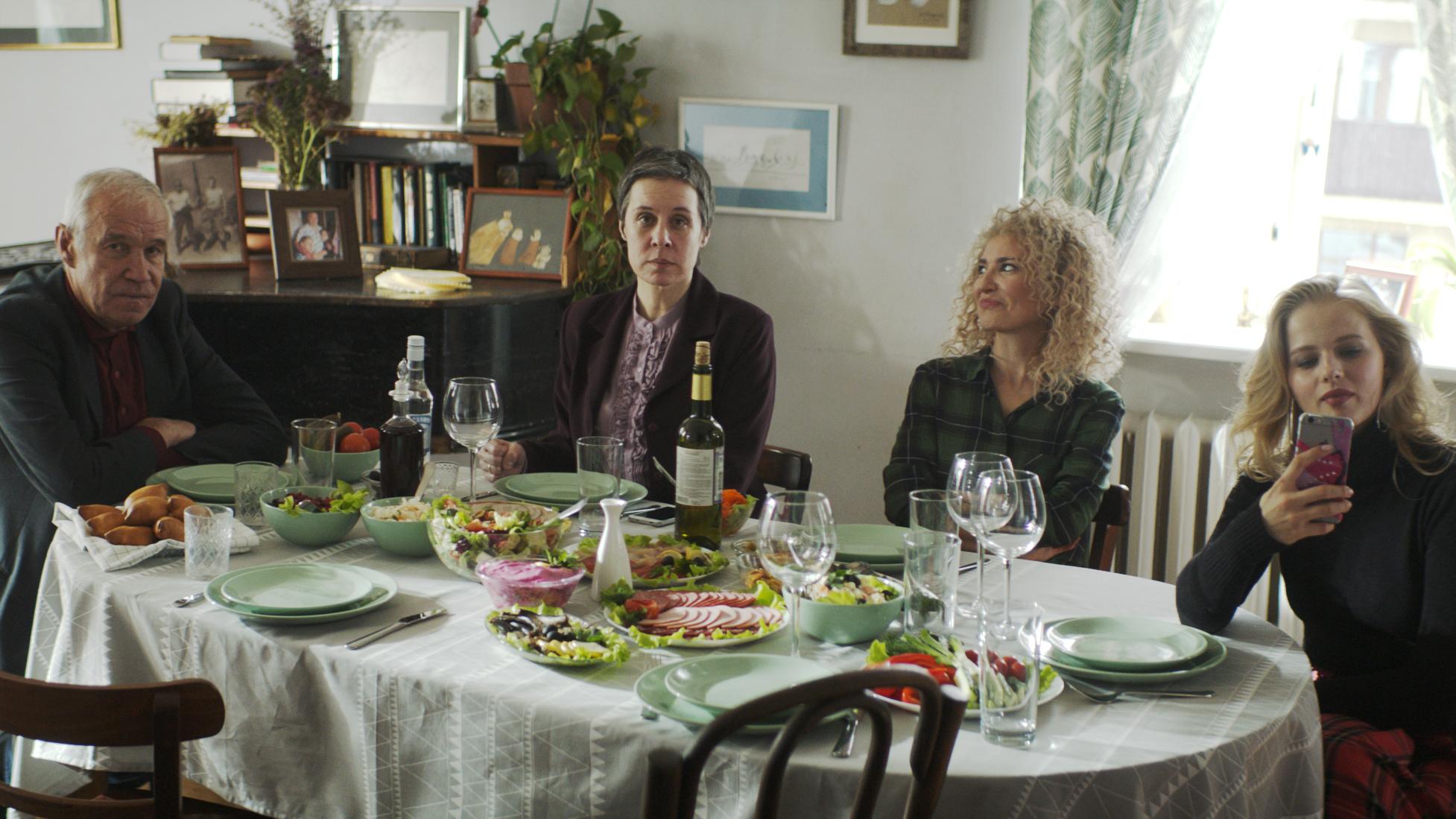 Кадр из фильма «Любовницы»