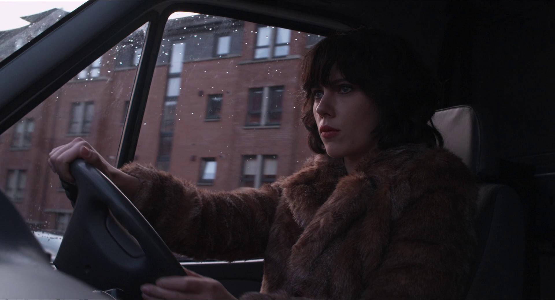 Побудь в моей шкуре Under the skin (2013)