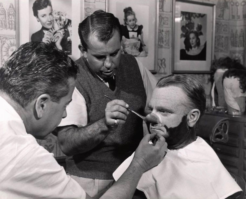 Человек с тысячью лиц (Man of a Thousand Faces, 1957)