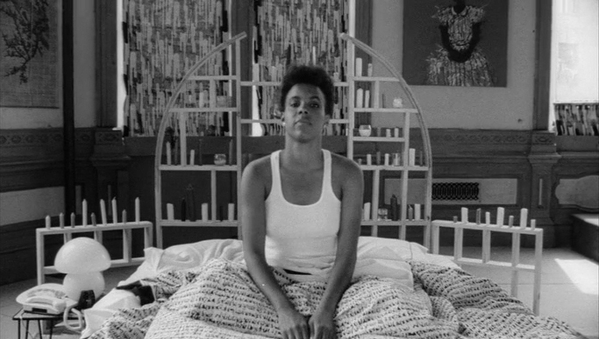 Ей нужно это позарез (She's Gotta Have It, 1986)