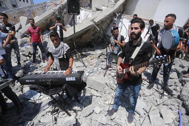 Израильская армия взорвала детский кинотеатр в Палестине