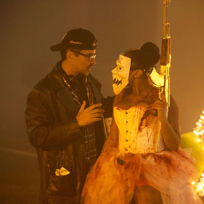 Джеймс ДеМонако на съемках «Судная ночь 3»
