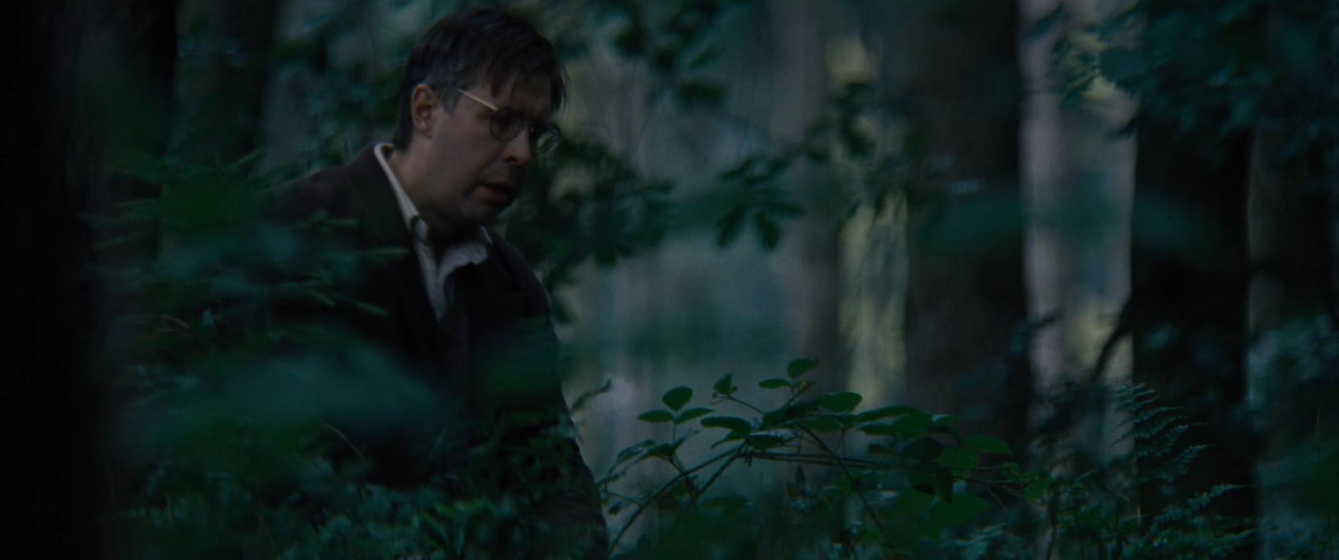 Кадр из фильма «Номер 44» (2014) - кающийся Чикатило