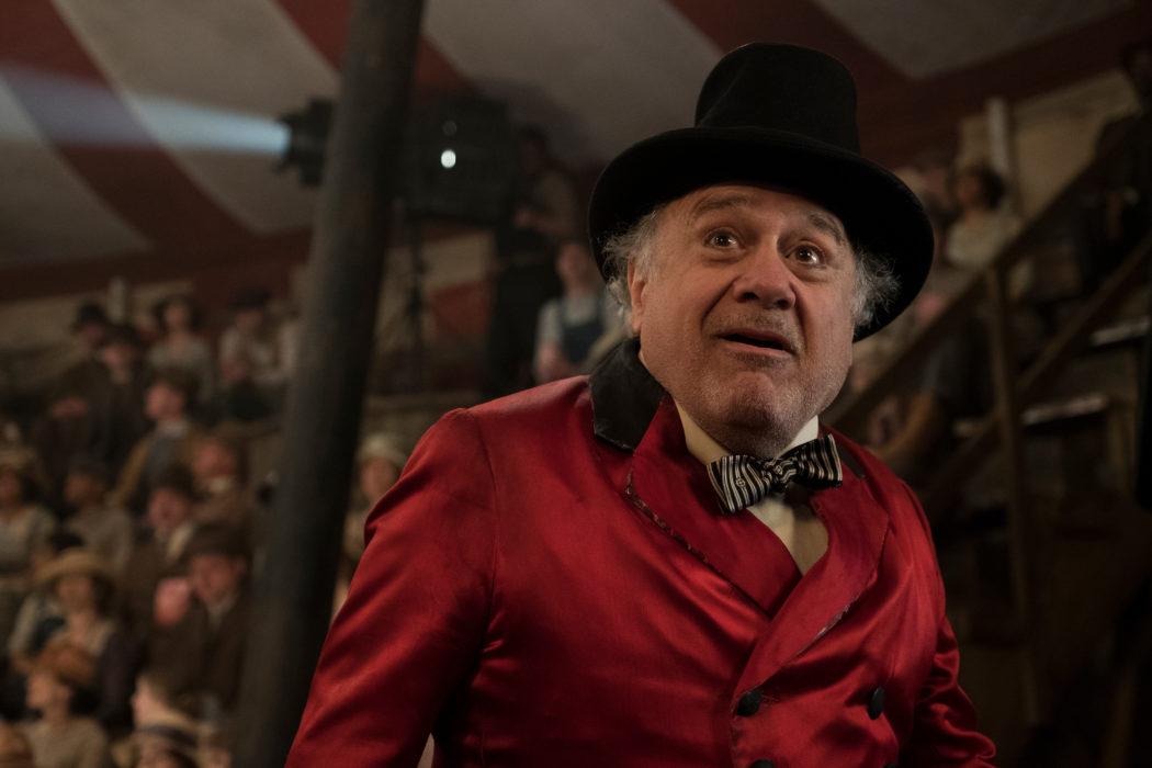 Кадр из фильма «Дамбо»