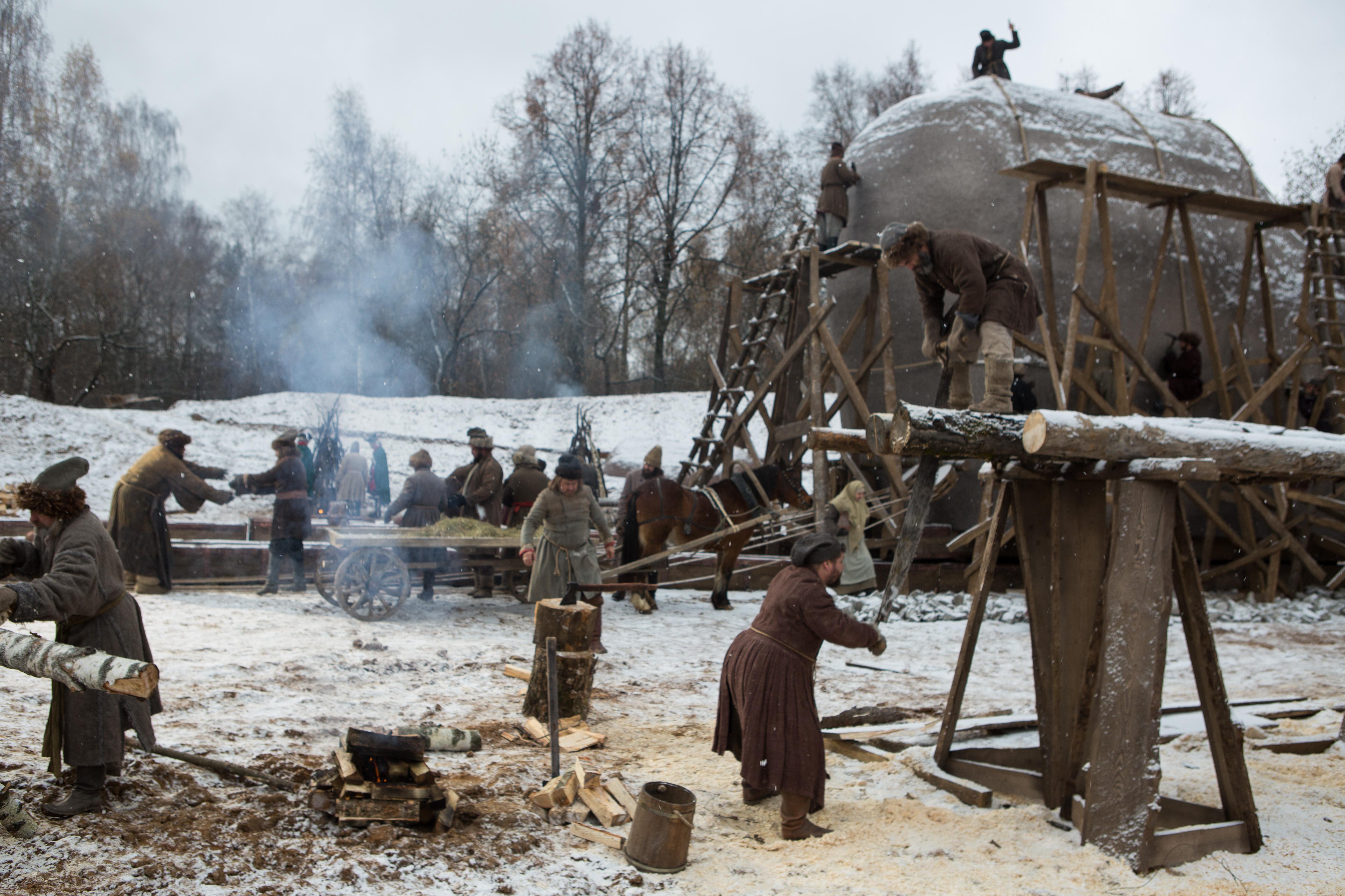 Фотография со съемок фильма «Медный всадник России»