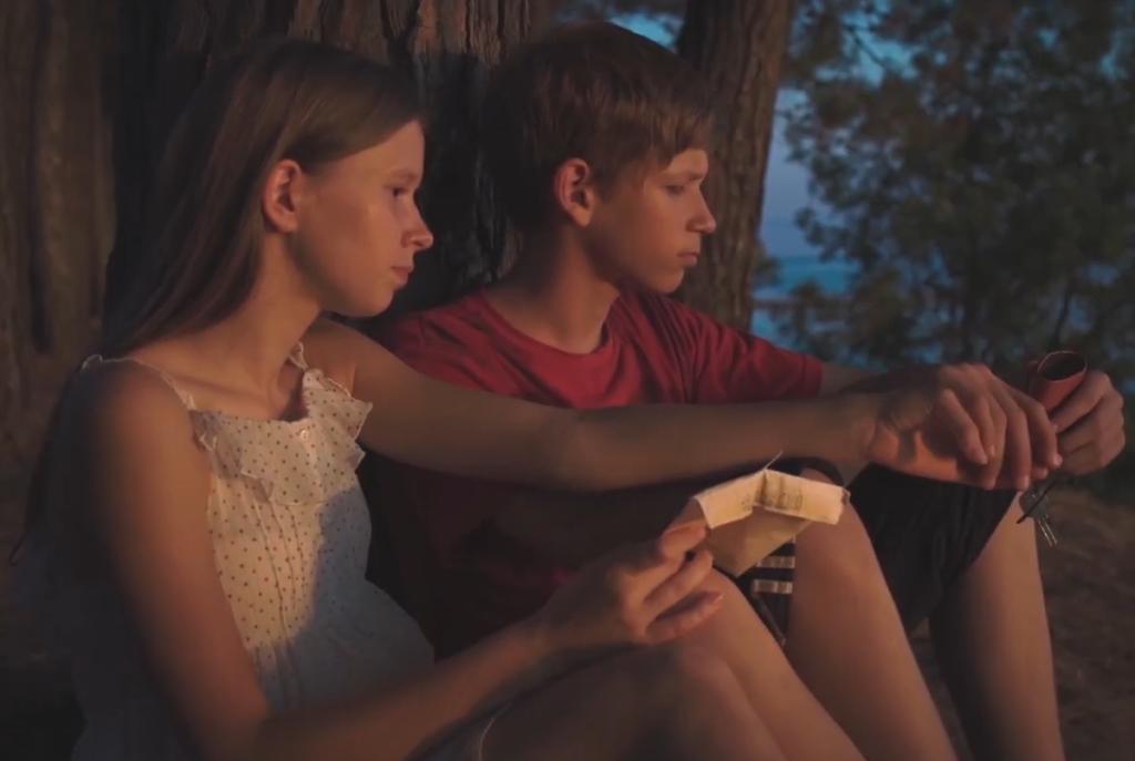 Они чужие: премьера трейлера российской драмы о сиротах «Это не навсегда»