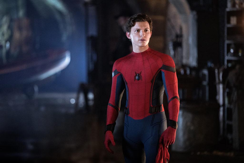 Том Холланд останется в роли Человека-Паука