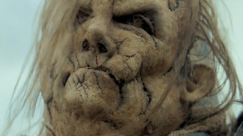 Подростковое кино, призывающее к войне: «Страшные истории для рассказа в темноте»
