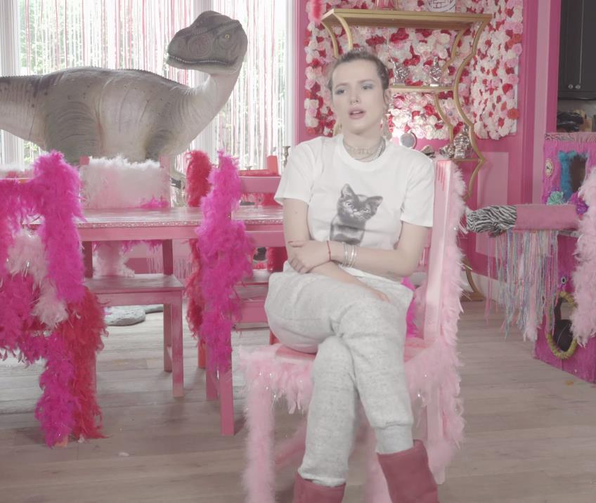 Белла Торн получит режиссерскую премию от Pornhub