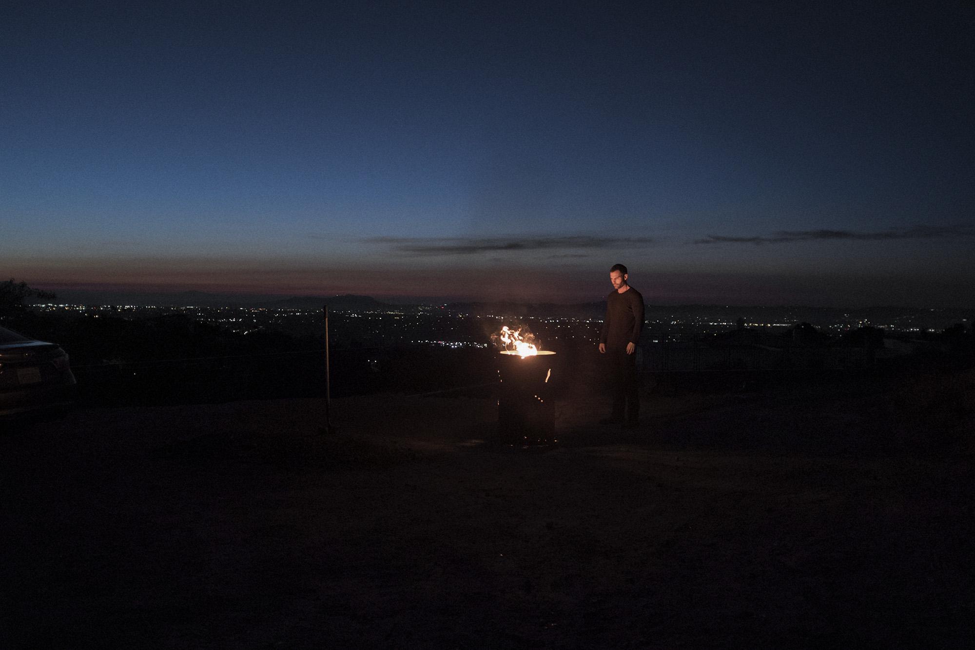 Кадр из фильма «Тёмная сторона»