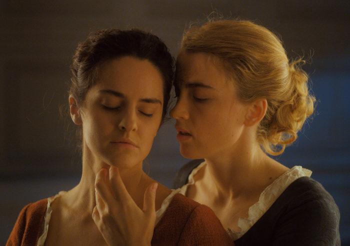 Кадр из фильма «Портрет девушки в огне»