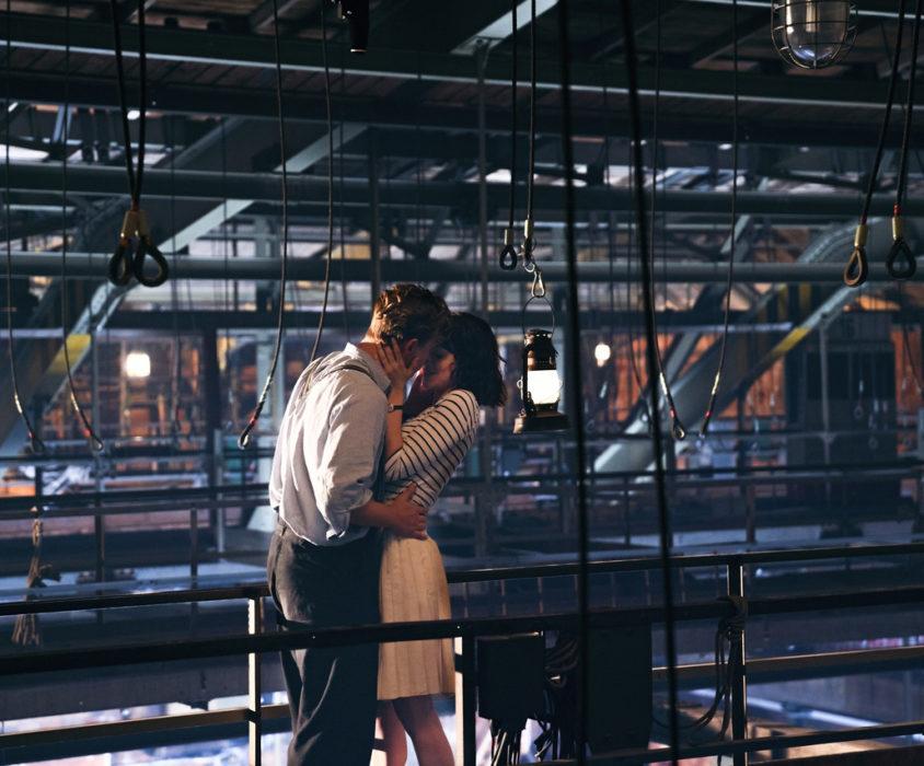 Кадр из фильма «Фабрика грёз»
