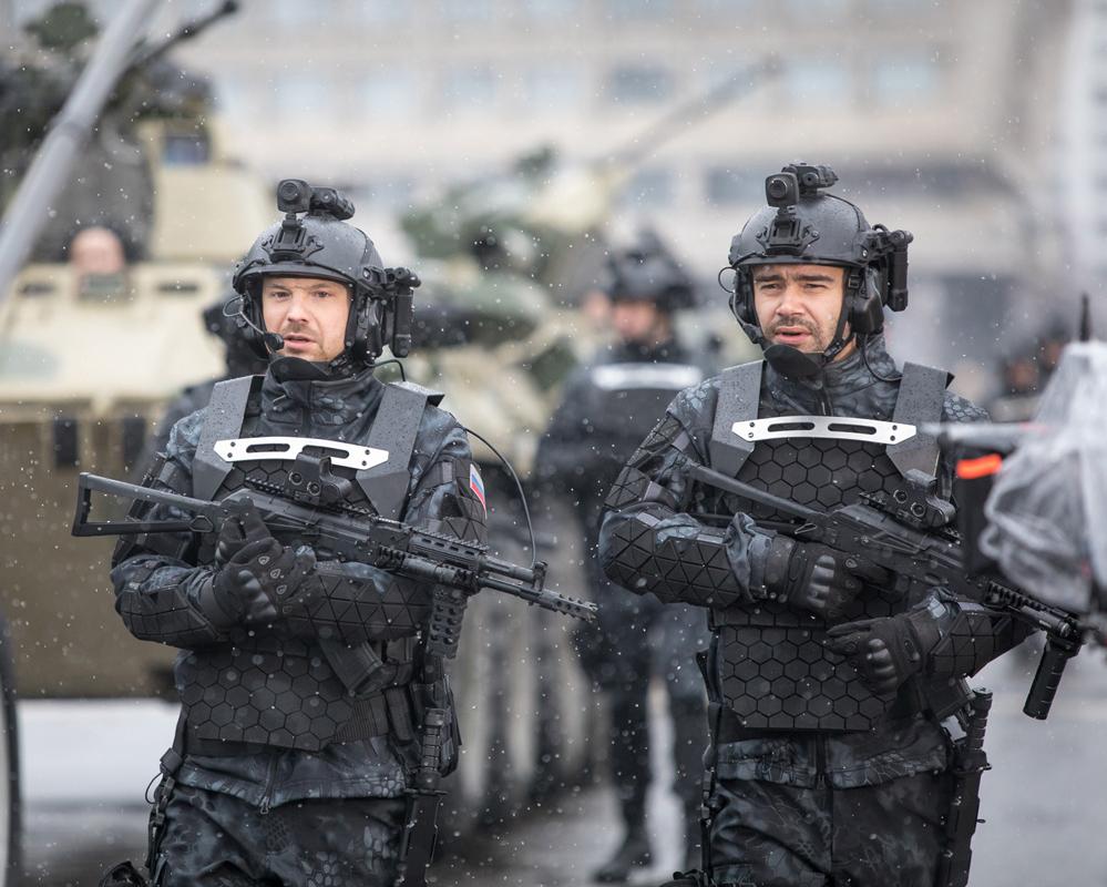Трёхчасовая реклама российской армии: «Аванпост»
