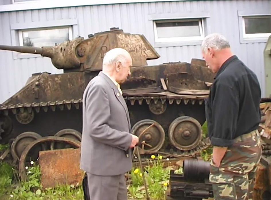 Кадр из фильма «Встреча с участником легендарного танкового боя из роты З.Г. Колобанова»