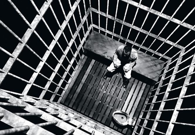 Харви Вайнштейн изолирован от других заключенных с подозрением на коронавирус