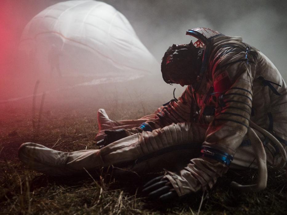 Кадр из фильма «Спутник»