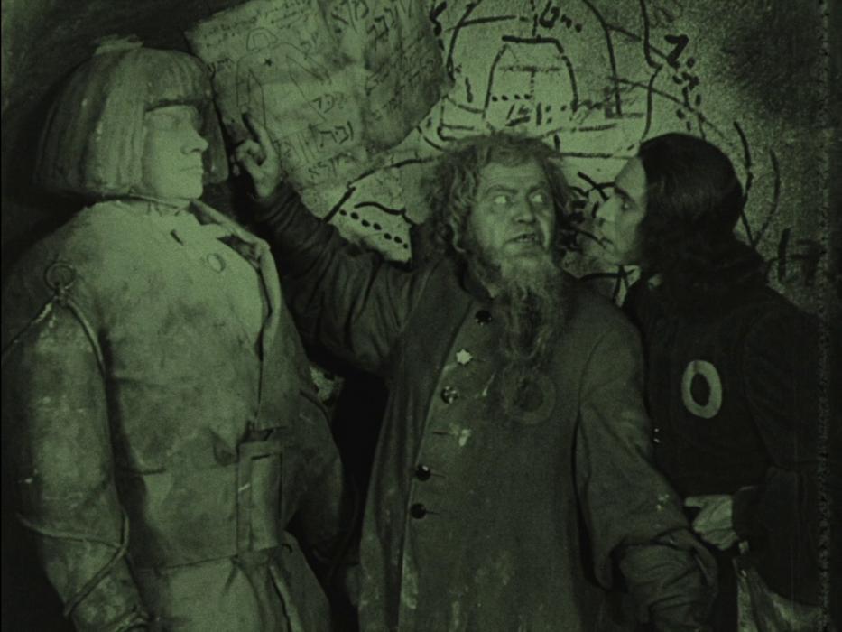 Кадр из фильма «Голем, как он пришел в мир»
