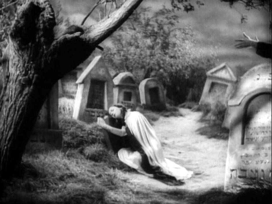 Кадр из фильма «Дибук»
