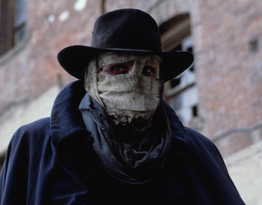 Кадр из фильма «Человек тьмы»