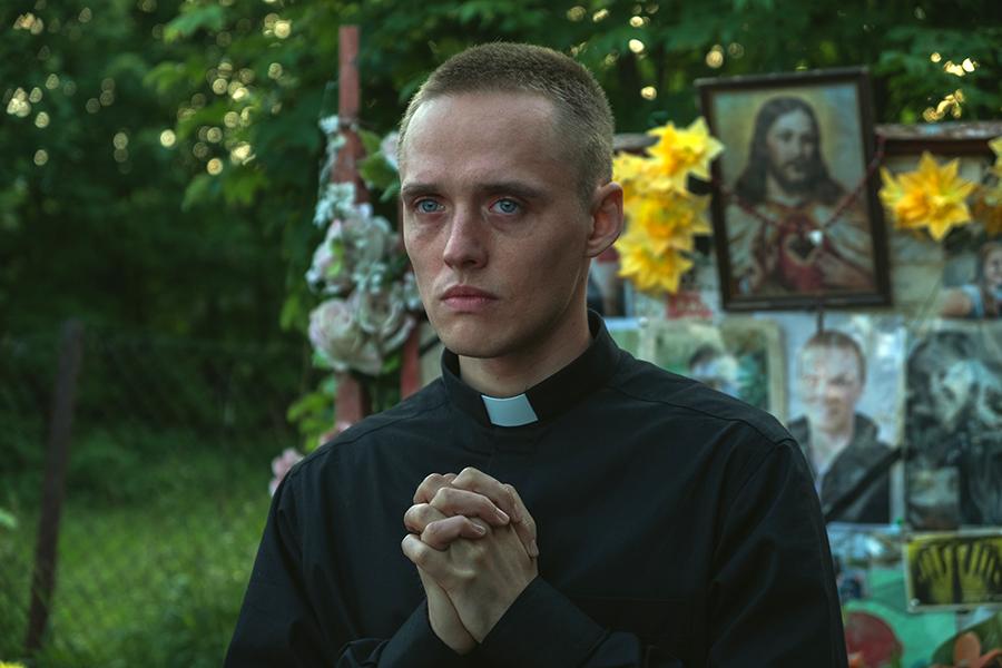 Кадр из фильма «Тело Христово»