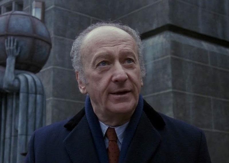 Умер актёр Ли Уоллес. Он играл мэра Готэм-Сити и Дядю Ваню