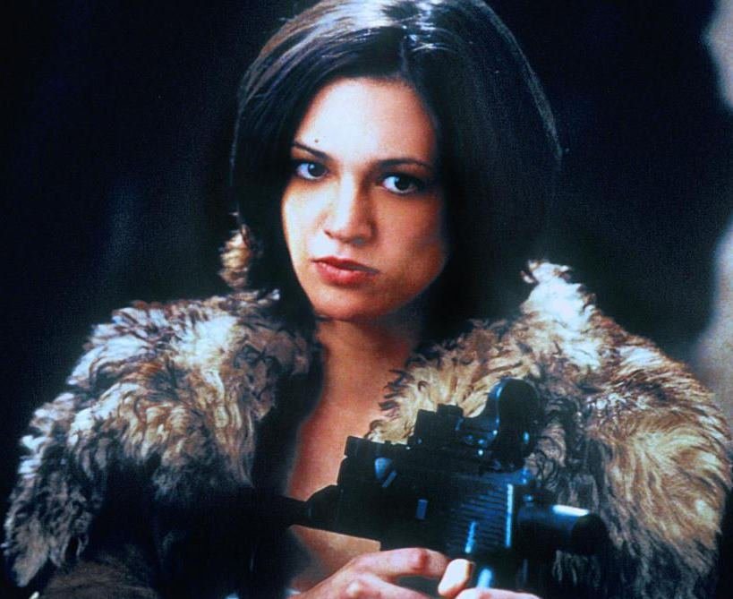 Актриса Азия Ардженто написала книжку о том, как её изнасиловали во время съёмок фильма «Три икса»
