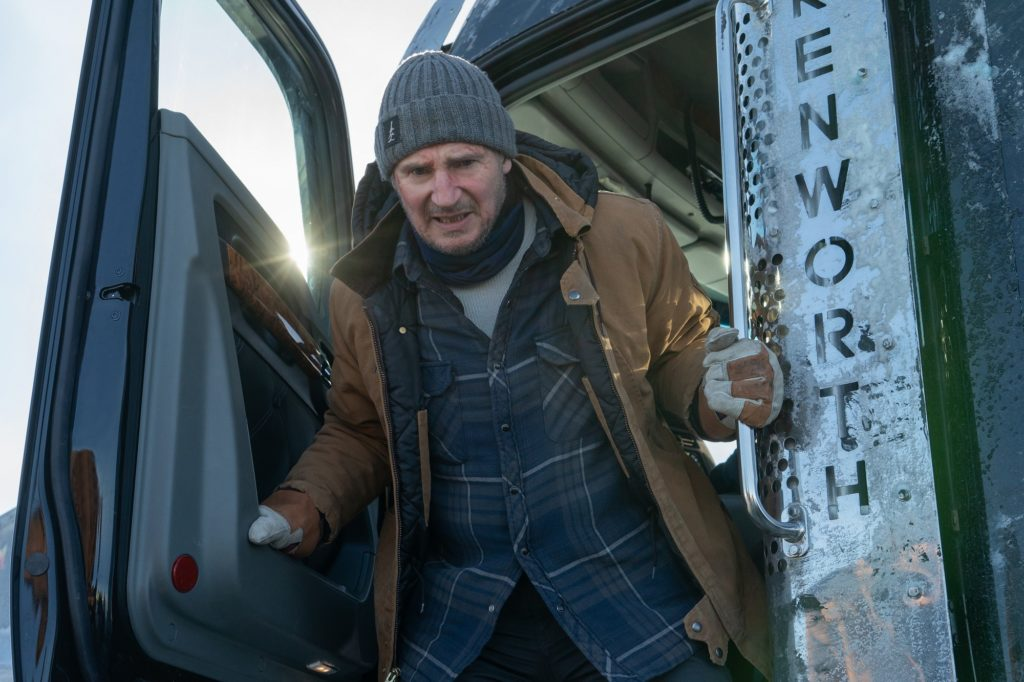 Лиам Нисон снова спасает людей. Вышел трейлер «Ледяного драйва»
