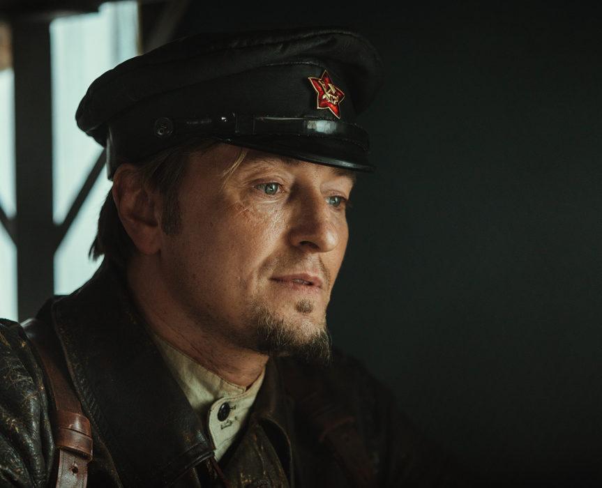 Кадр из фильма «Бендер: Начало»