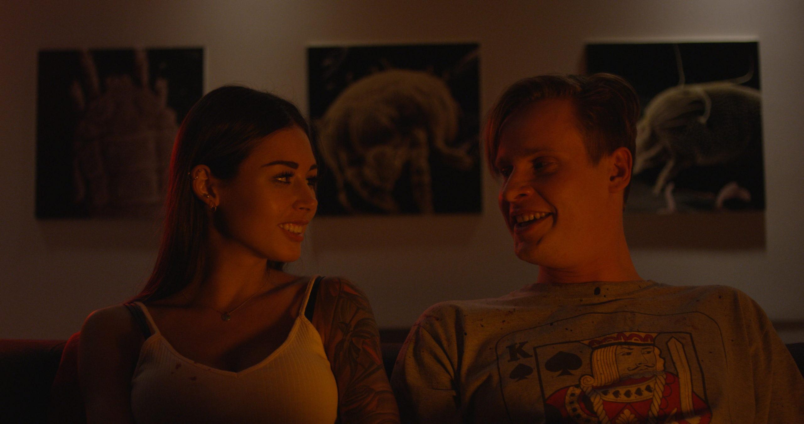 Кадр из фильма «Дизлайк»