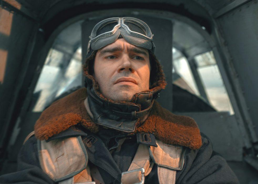 Кадр из фильма «Лётчик»