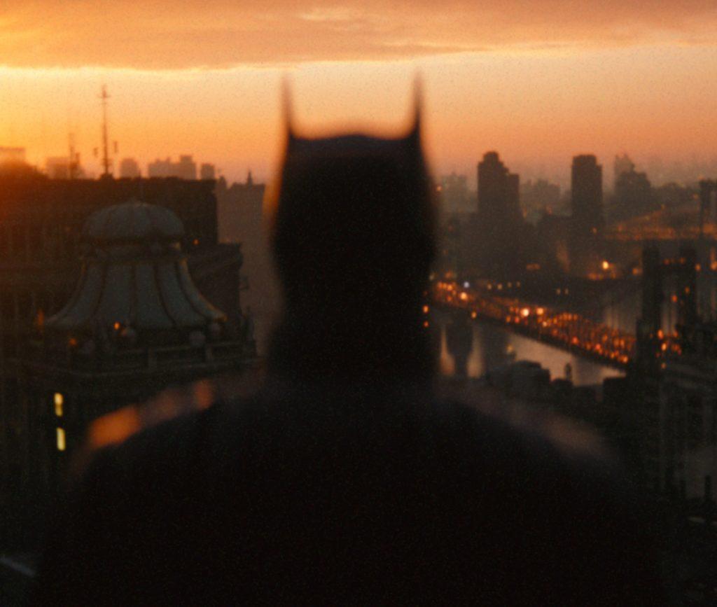 Вышел первый трейлер «Бэтмена» с Робертом Паттинсоном